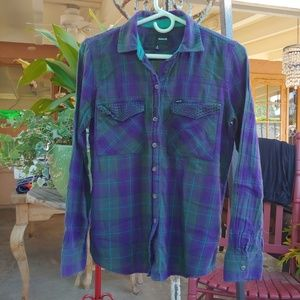 HURLEY FLANNEL, LIGHTWEIGHT PURPLE & TEAL. SMALL